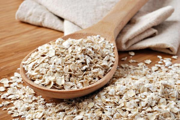 bigstock-Whole-grain-rolled-oats-with-15026069